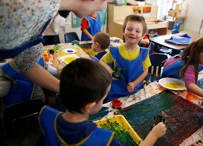 North Bennington head start students learn the art of printmaking. 032217