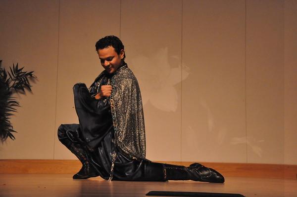 8-11-2012 11 Dance Showcase with Mohamed Shahin