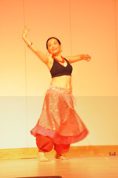 8-11-2012 Dance Showcase with Mohamed Shahin 081 (26)