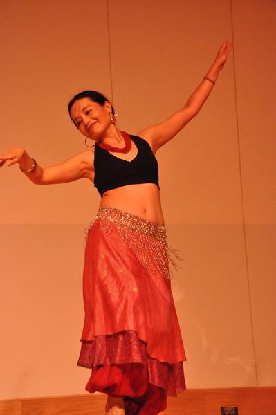 8-11-2012 Dance Showcase with Mohamed Shahin 081 (22)