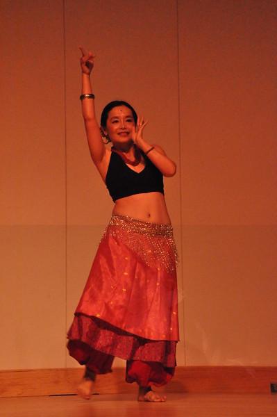 8-11-2012 Dance Showcase with Mohamed Shahin 081 (28)