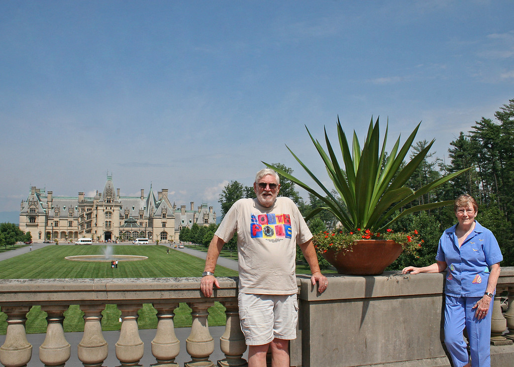 Mike and Susan with Biltmore in background