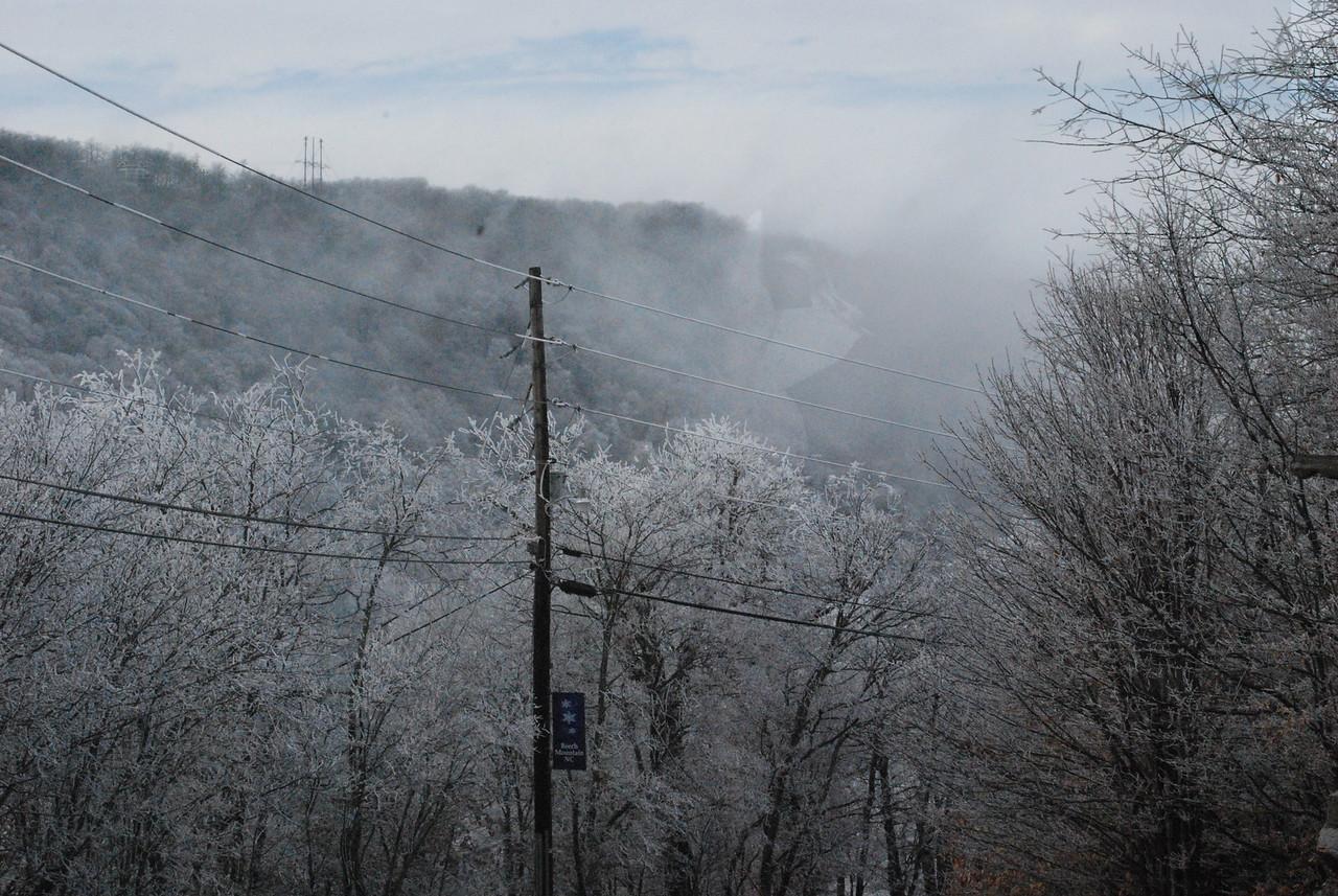 12-4-2009 Beech Mountain and Grandfather Mountain 032