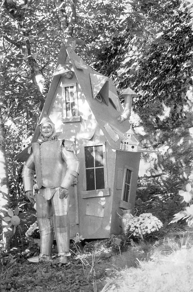 32 Tin Man at his house