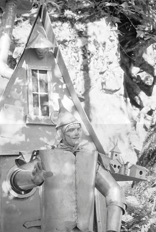 34 Tin Man at his house