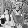 17 Cowardly Lion and Dorothy Gale in the Balloon