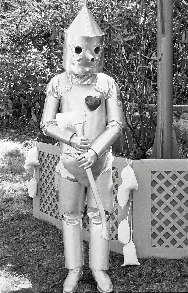 22 Tin Man near the balloon
