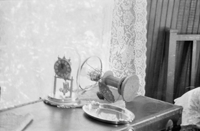 20 Clock in Dorothy's house