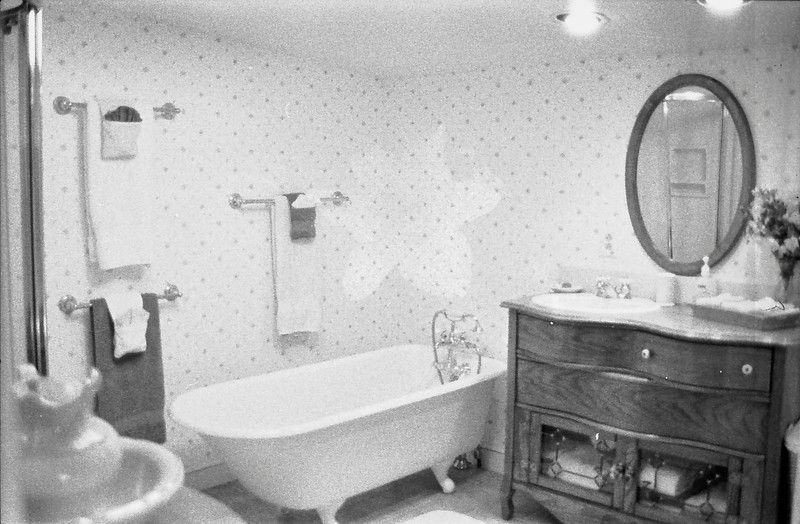 13 Bathroom
