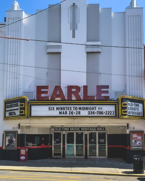 Earle Theatre in Mount Airy North Carolina