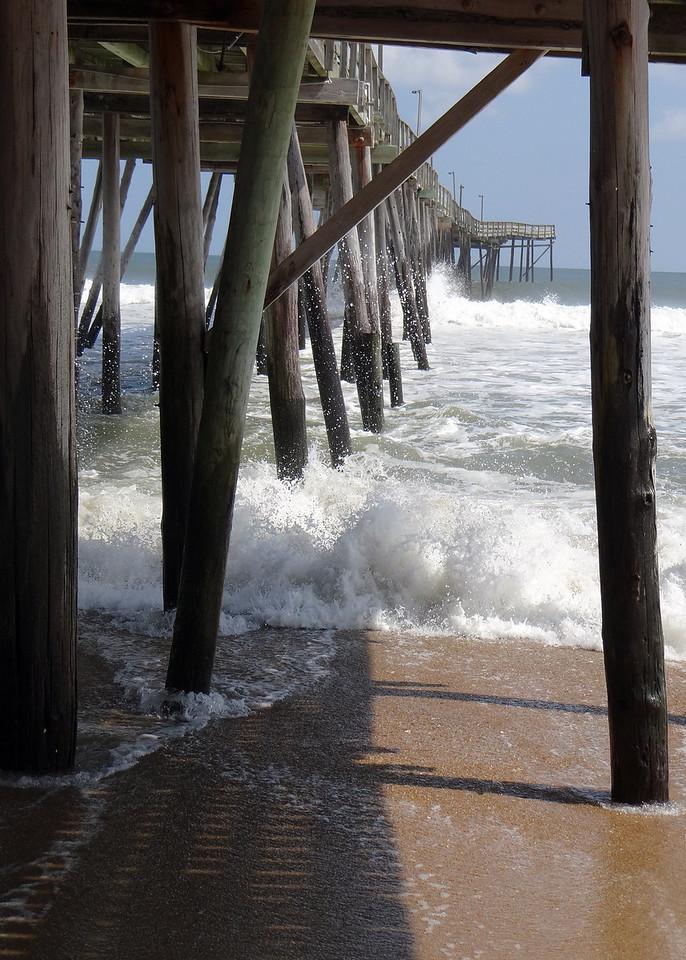 Waves under pier