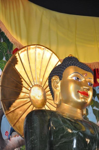 5-11-2010 The Jade Buddha at Lien Hoa Temple