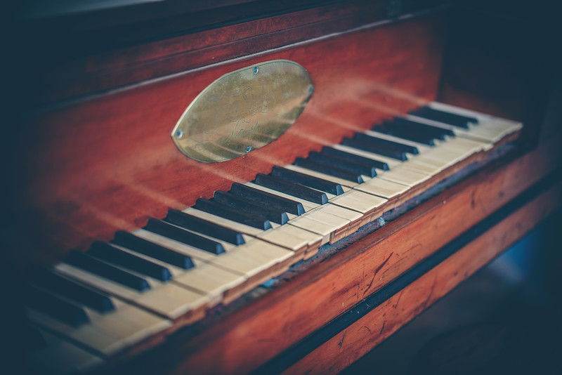 Old Salem Vintage Piano