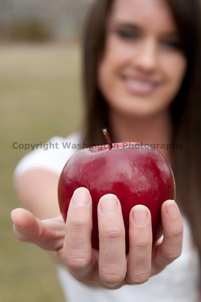Apples 124