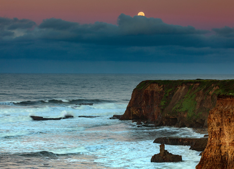 davenport morning moon