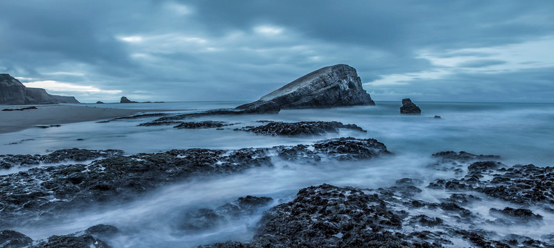 View of Greyhound Rock before sunrise V1