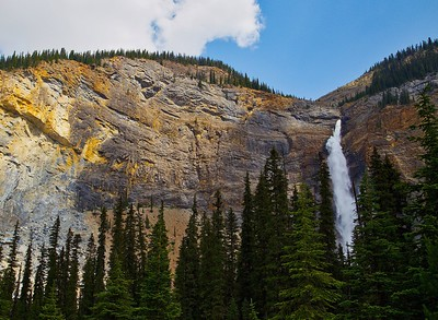 Takakkaw Falls Mountain View