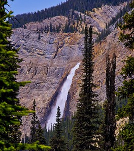 Takakkaw Falls hill view