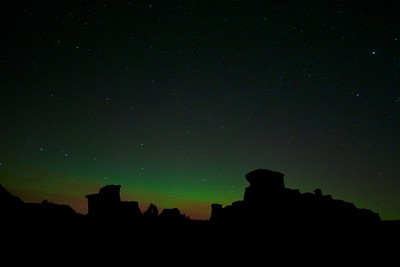 Northern Lights Aurora borealis hoodoos Teddy Roosevelt National Park ND IMG_0070229 CR2