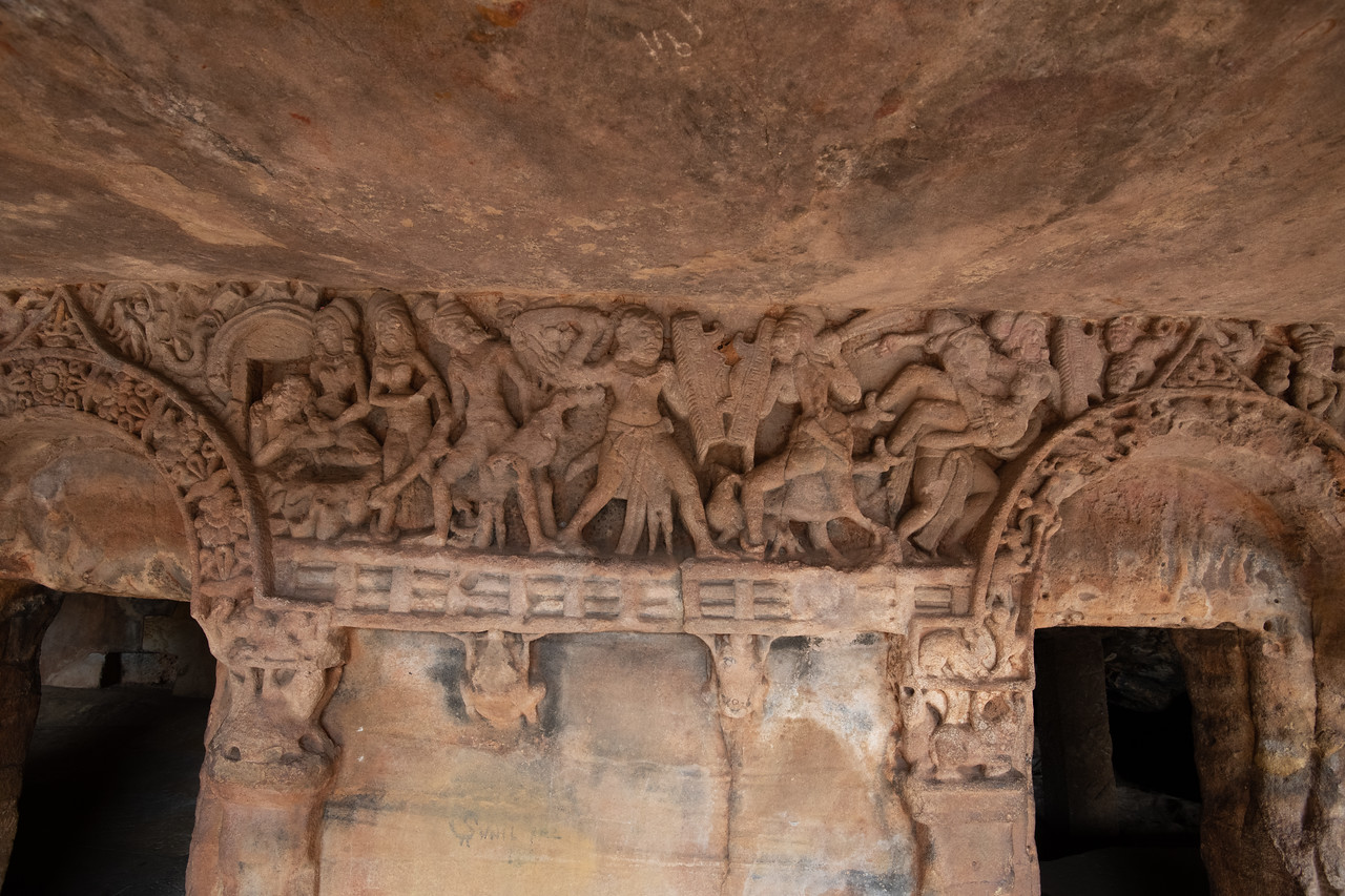 Udaygiri - scene from Ramayana - Seeta's rescue