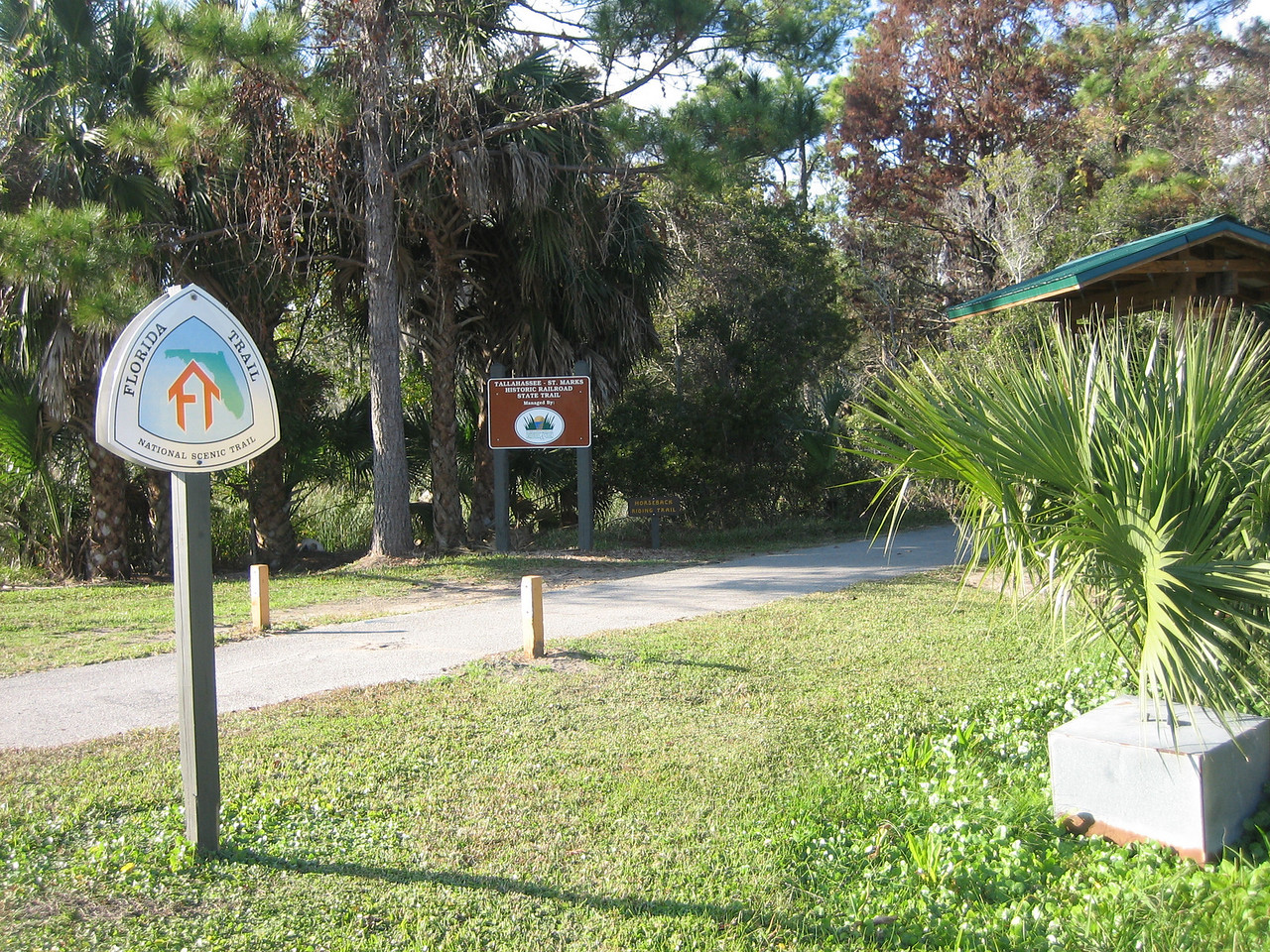 FT along the St. Marks Trail<br /> PHOTO CREDIT: Sandra Friend / Florida Trail Association