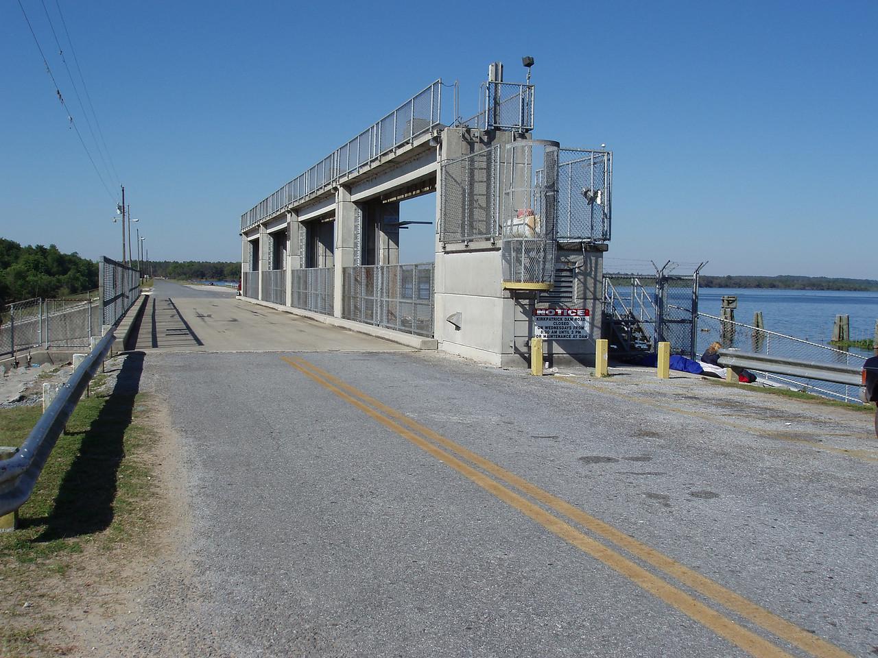 Kirkpatrick Dam at Rodman<br /> photo credit: Robert Coveney / Florida Trail Association