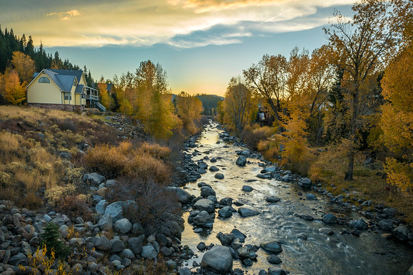 The Truckee River near Downtown Truckee in the Fall
