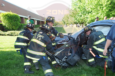 North Lindenhurst F.D. MVA w/ Entrapment New Hwy. and Albany Ave. 6/5/13