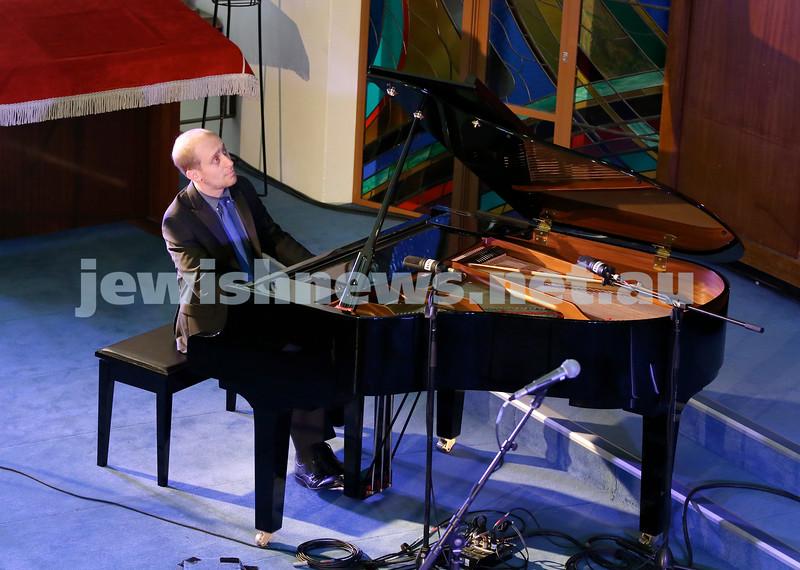 North Shore Synagogue's Classics at Dusk concert. Simon Tedeschi performs.