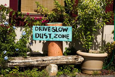 Sign in Hale'iwa 2008