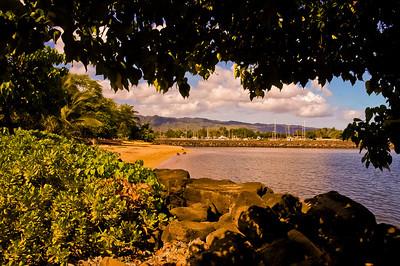 Near Boat Harbor Haleiwa Town 2004