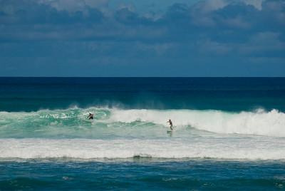 090913 121004 surfing