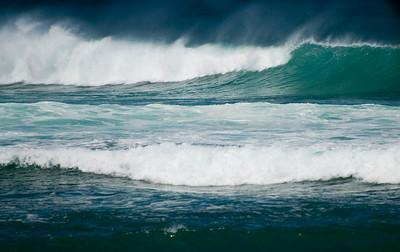 090911 103846 surfing