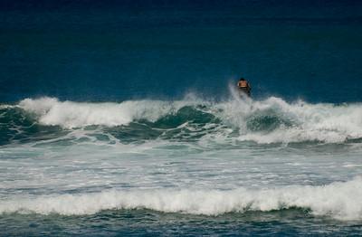 090913 121539 surfing