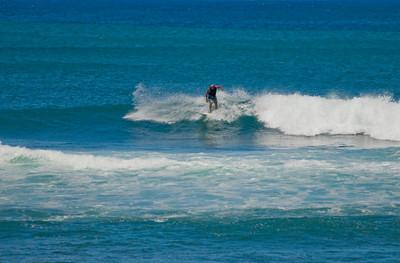 090913 115710 surfing