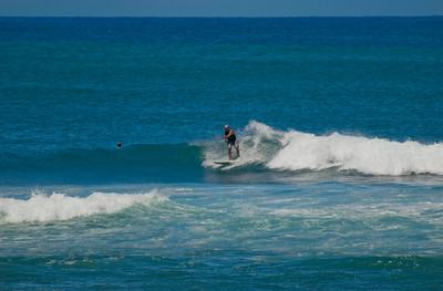 090913 115712 surfing