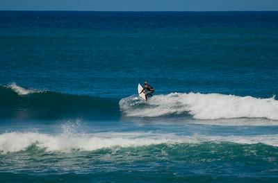 090913 115716 surfing