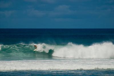 090913 121003 surfing