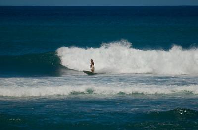 090913 115804 surfing