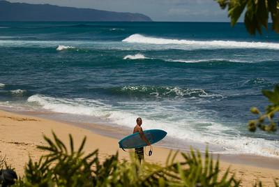 090913 120731 surfer