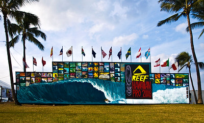 Mural for the Triple Crown of SurfingReef Hawaiian Pro 2008Ali'i Beachpark, Hale'iwaNorth Shore of Hawaii, November, 2008Art by DrewToonz   I didn't get to Ali'i Beachpark til after 4pm, so most people had left and it was getting cloudy as the sunset quicky drew near.
