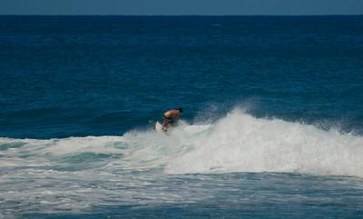 090913 120053 surfing