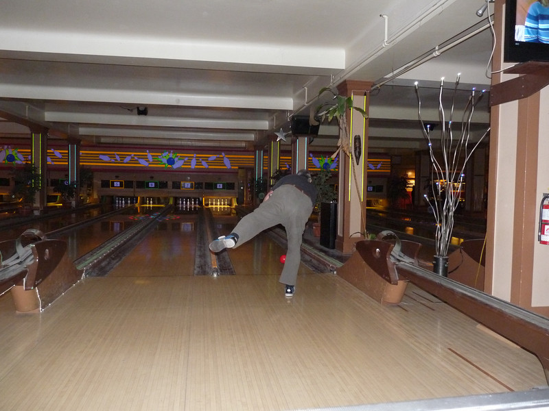 P's form was pretty good, too; more muscle than finesse.<br /> <br /> JC and I were sadly outclassed.  I was lucky to break into double-digits (and by that, I mean ten pins down in ten frames!).