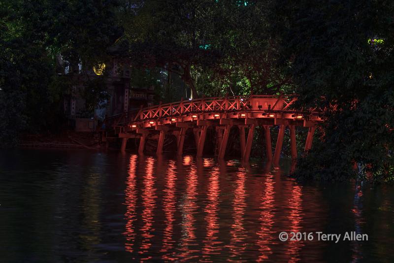 The red bridge at night, Hoan Kiem Lake, central Hanoi, Vietnam