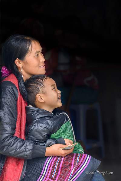Mother and child, Sa Pa, North Vietnam