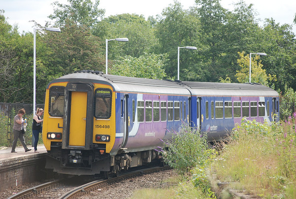 156 498   Location Earlestown platform 3   Date 12th July 2011   Working 11.22 Warrington Bank Quay - Liverpool Lime St