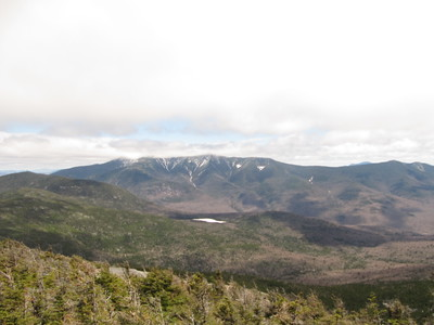 White patch below Franconia Range is Lonesome Lake where we were at 4 hours ago.