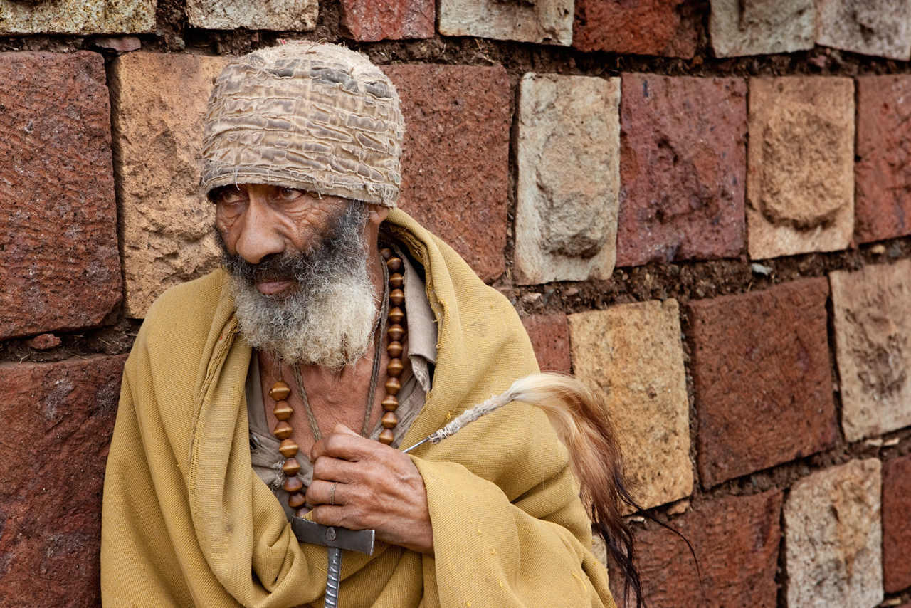 Shy hermit - Lalibela
