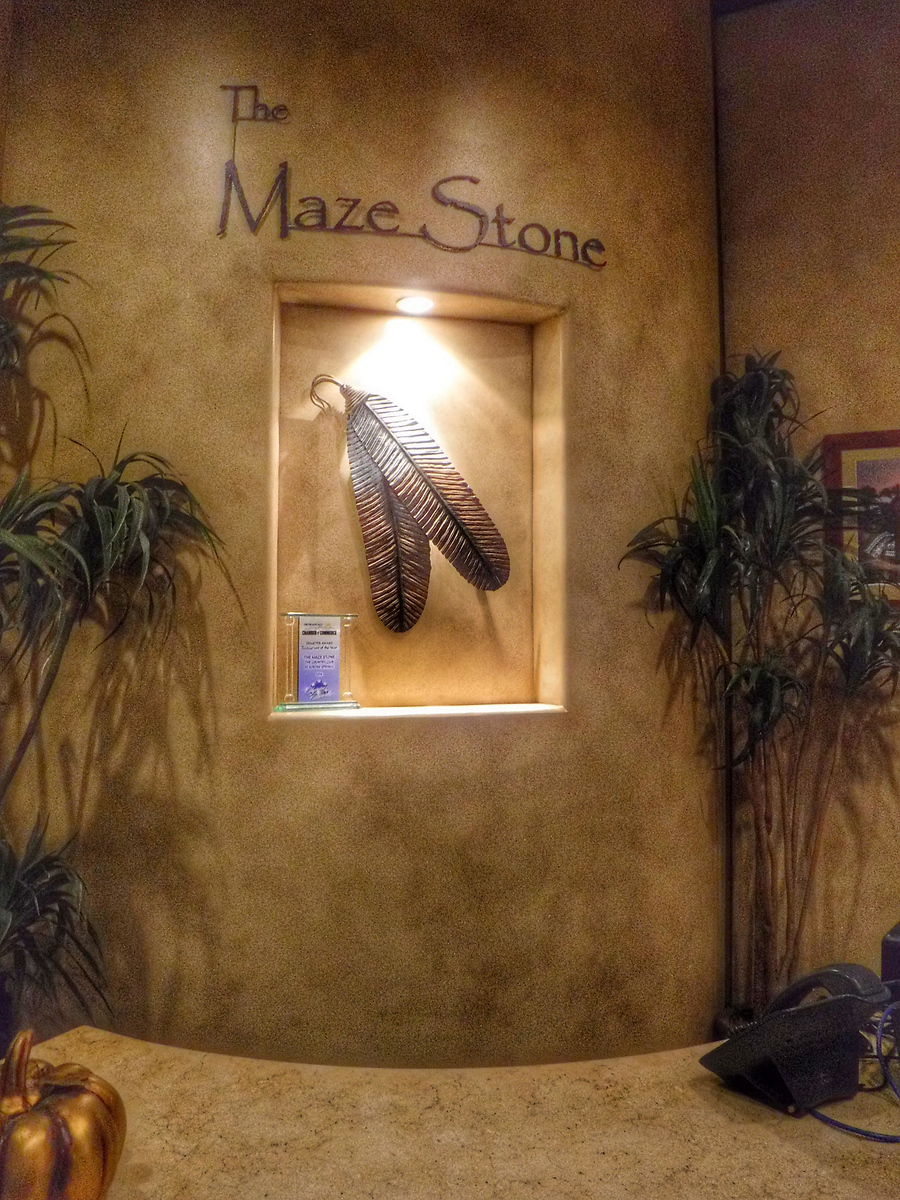 Maze Stone, Country Club at Soboba Springs, Hemet, San Jacinto, Soboba Tribe, Where to eat in the San Jacinto Valley, Traveling Well For Less