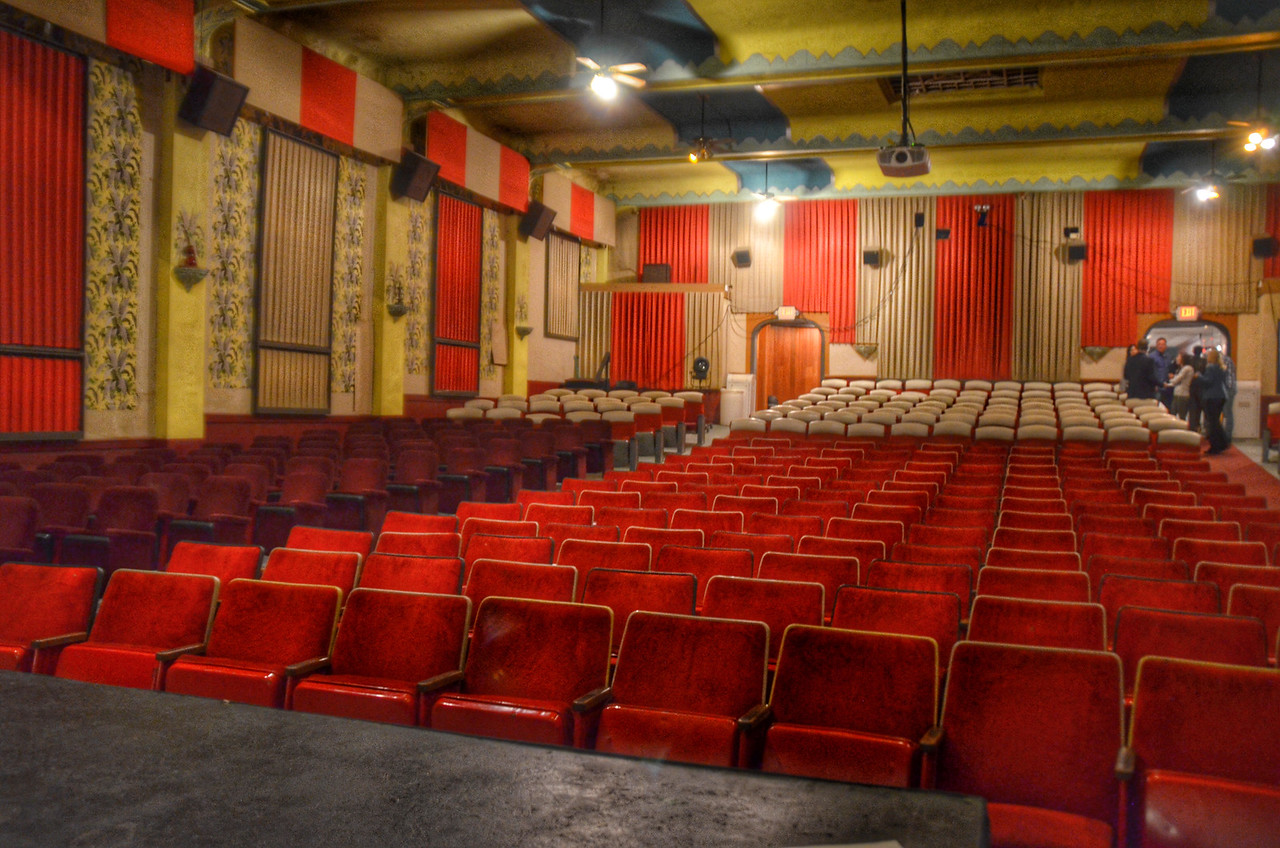 Hemet Theatre, Hemet, California, Things to do in the San Jacinto Valley, Traveling Well For Less